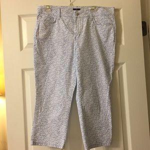 Pants - Light Blue Floral Capris
